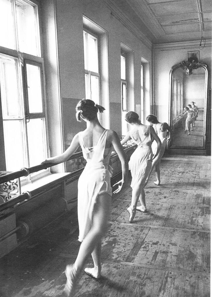 "Cornell Capa ""Bolshoi Ballet School, Moscow"""